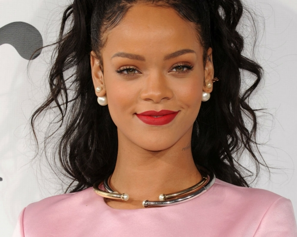Revealed! Rihanna's Secret Boyfriend is Saudi Billionaire, Hassan Jameel