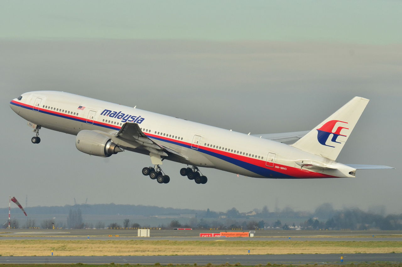 Missing Malaysia flight MH370