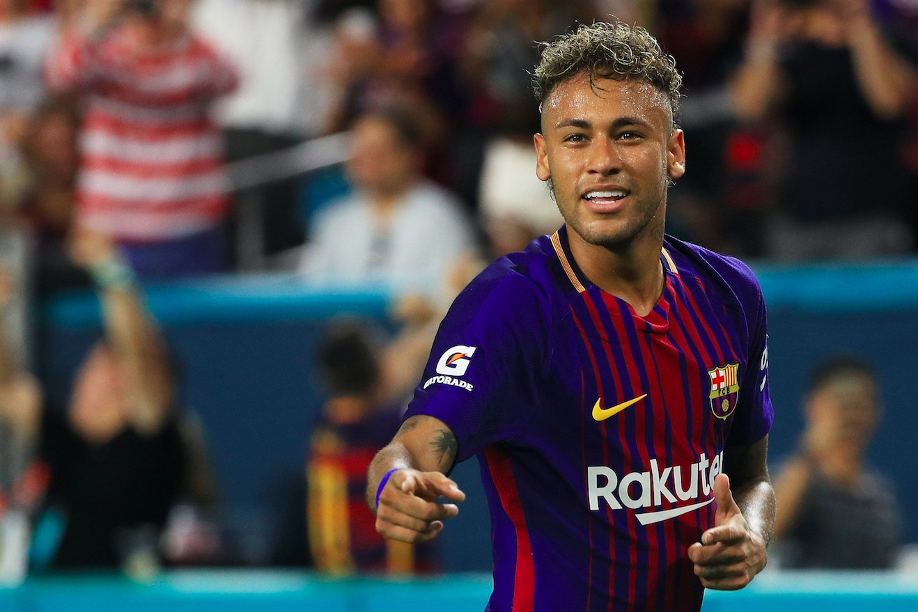 Neymar tells Barca teammates 'he is leaving