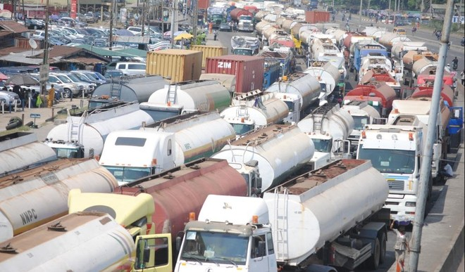 Lagos ordered Truck drivers to 'stay away' from the state