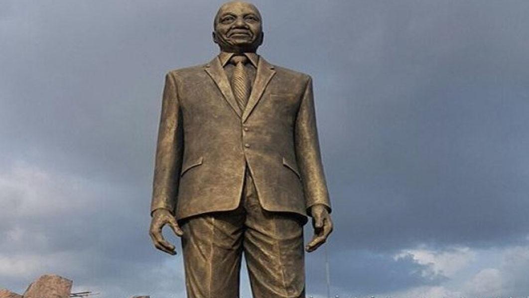 Nigerians Angry with Okorocha Over Jacob Zuma Statue