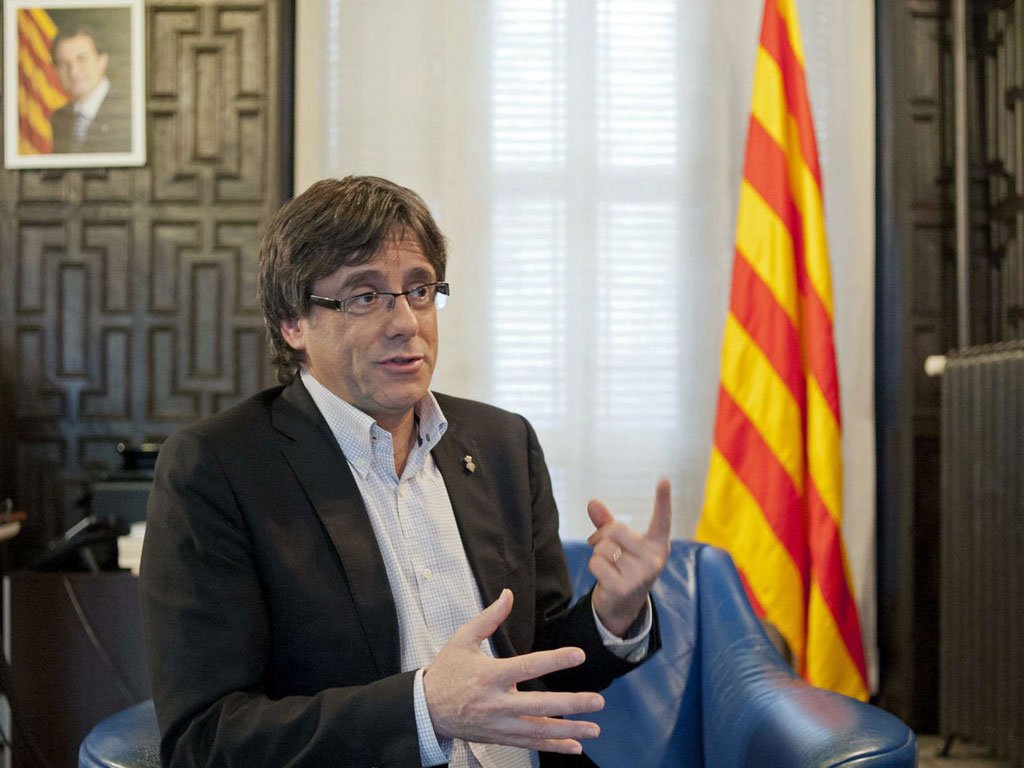 """Puigdemont says Catalonia won right to independence , Deputy Prime Minister calls referendum activities """"farce"""""""