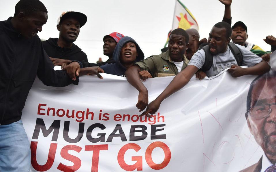 Zimbabweans jubilate ahead of anticipated fall of Mugabe