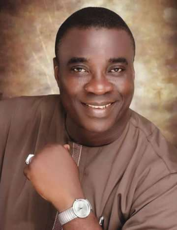 Fuji Music Icon, Wasiu Ayinde Marshal releases new album, 'Let the music Flow'
