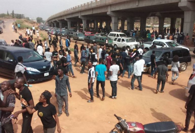 Why Police arrested 20 MAPOLY students during protest