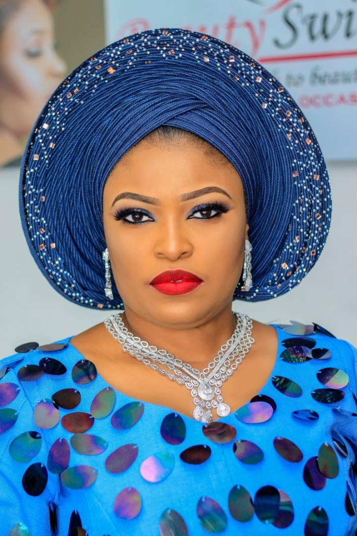Beauty Switch, T-Boy gele partner for professional gele tying & make up training in Lagos