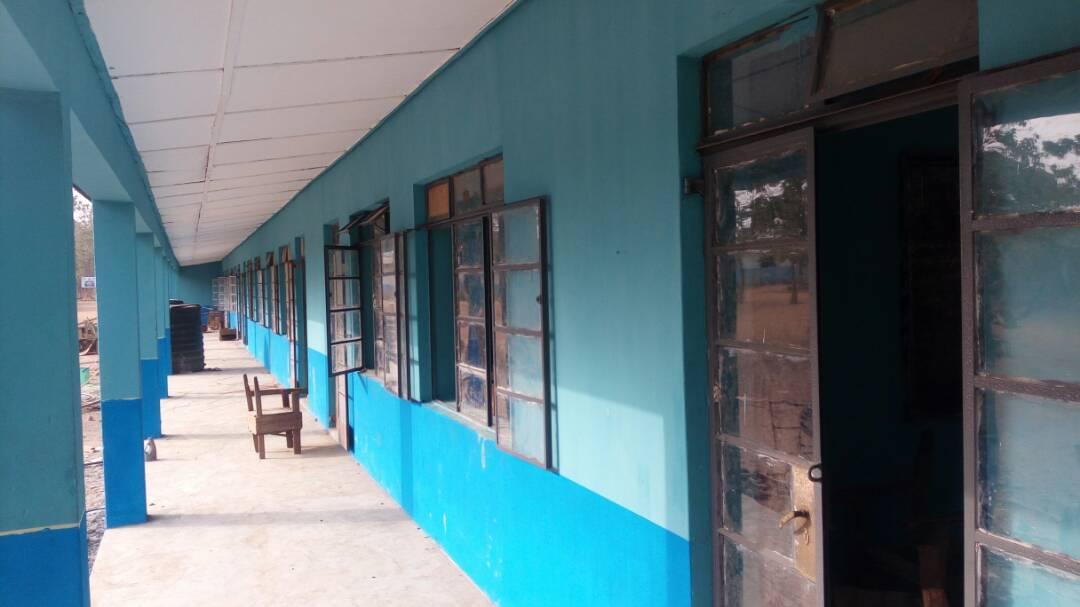 Iganmode Grammar School's 1987/88 Set Renovates Classrooms