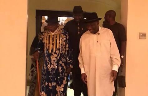 Obasanjo visits Jonathan in Otuoke, bags Bayelsa State citizenship, chieftaincy title