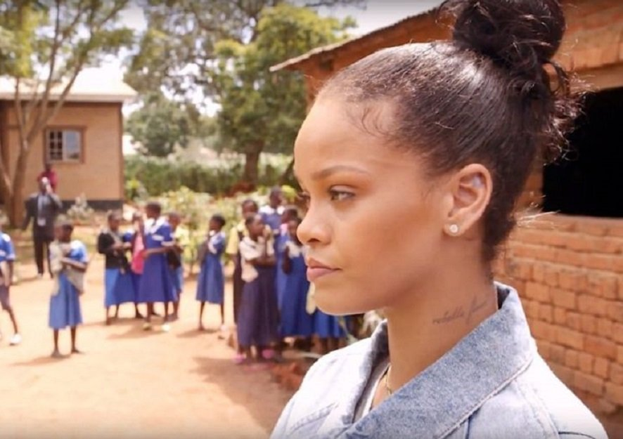 Rihanna attends Senegal conference, vows to help kids back to school