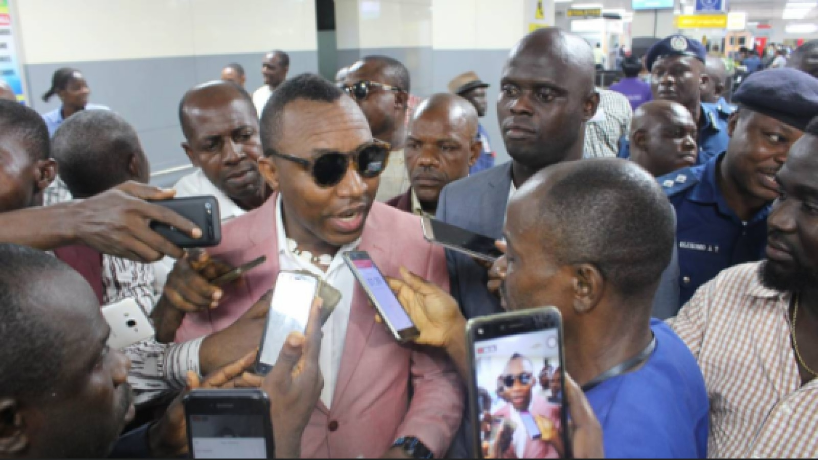 "Sowore intensifies presidential ambition, says, ""I can run Nigeria better than Buhari — even in my sleep''"