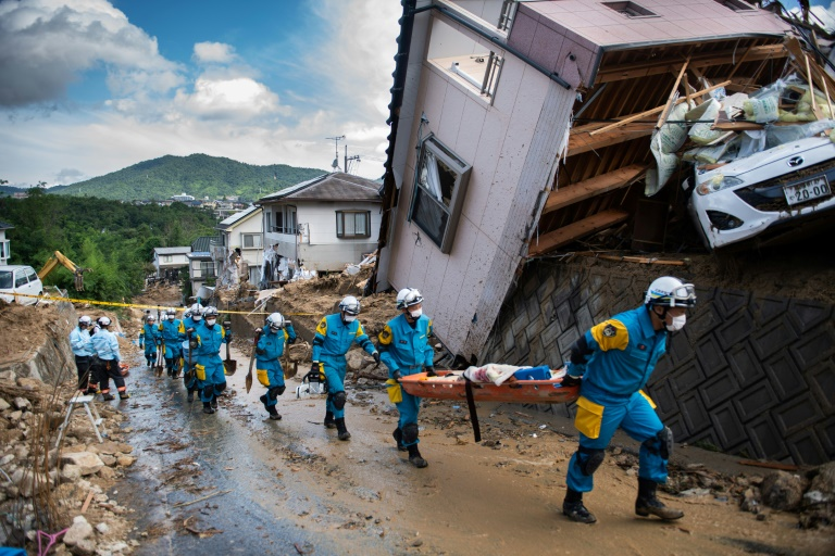 Toll in Japan rains rise to 122, as hope for survivors fades