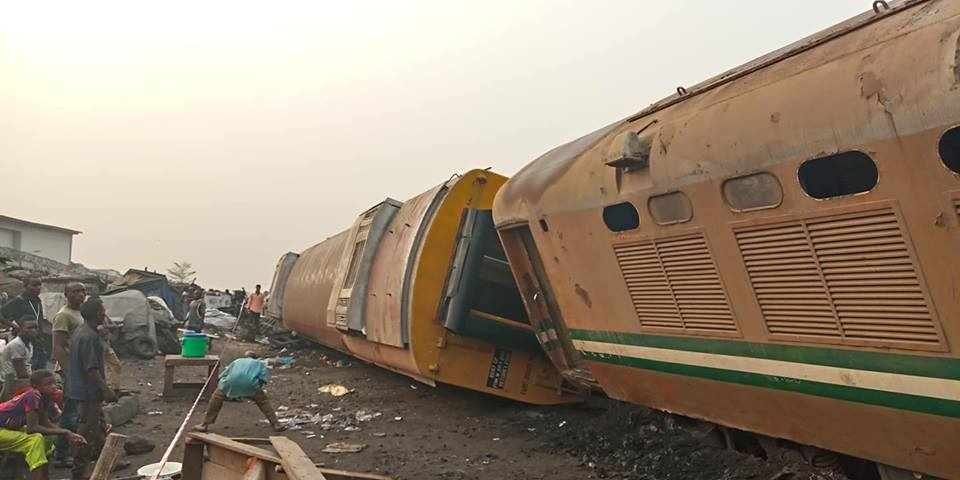 Many people trapped, injured as train coach derails in Lagos
