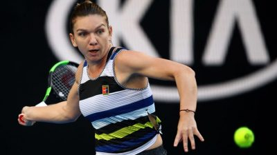 Top seed Halep beats Venus to set up Serena clash