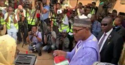 #NigeriaDecides: Buhari, Aisha vote in Daura
