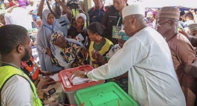 #NigeriaDecides: Saraki votes, hails massive turnout, peaceful conduct of poll