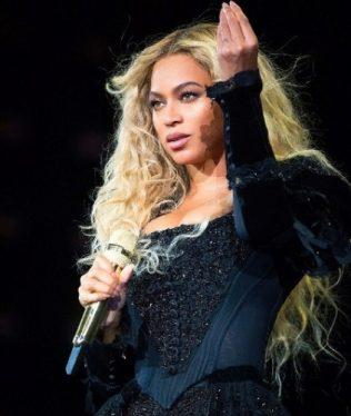 Beyonce drops a surprise 'Homecoming' album