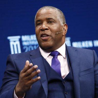 I'll pay your $40m debts, billionaire promises graduating students