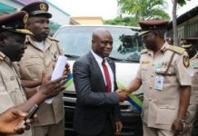 Fidelity Bank donates bus to Nigeria Immigration Service/newsheadline247