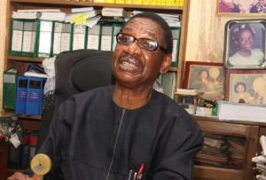El-Zakzaky: Sagay advises FG to obey court order, frowns at continued detention of IMN leader