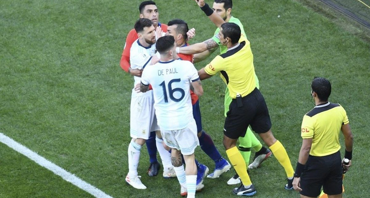 Messi sees red, sent off in Copa America 3rd place match against Chile/newsheadline247