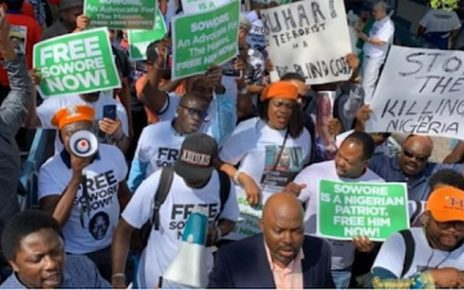 #RevolutionNow: Sowore's wife leads anti-Buhari protest at UN/newsheadline247
