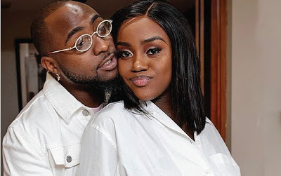 Davido with Chioma/newsheadline247.com