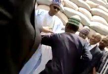 Man Charges at Buhari/newsheadline247.com