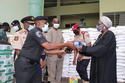 Ogun Govt donates relief materials to security personnel - newsheadline247.com