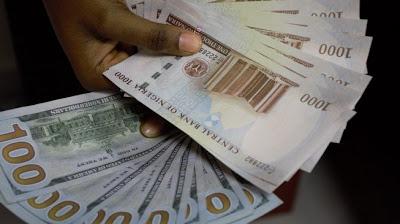 Weak naira goes at N450 to a dollar - newsheadline247.com