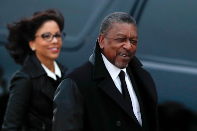 BET Founder Robert Johnson Calls for Government to Pay $14 Trillion in Reparations for Slavery - newsheadline247.com