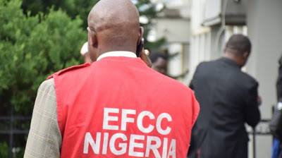 EFCC probes alleged attempt by Lebanese nationals to smuggle $890,000 out of Nigeria - newsheadline247.com