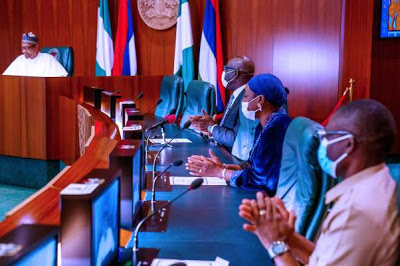 It will be immoral to return to APC, Says Obaseki on 'thank you' visit to Buhari - newsheadline247.com