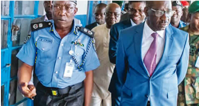 Gov. Obaseki visits CP Kokumo, begs Edo policemen to return to work - newsheadline247.com