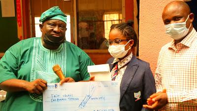 Iganmode Club of Ota Honours Global Mathematics Genius, Faith Odunsi - newsheadline247.com